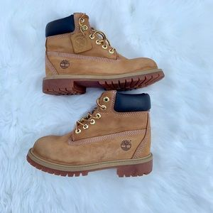 Timberland boys boots size 1M